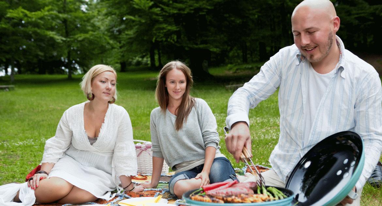 Így kezdj neki a grillszezonnak  – erre figyelj ha a szabadban sütögetnél