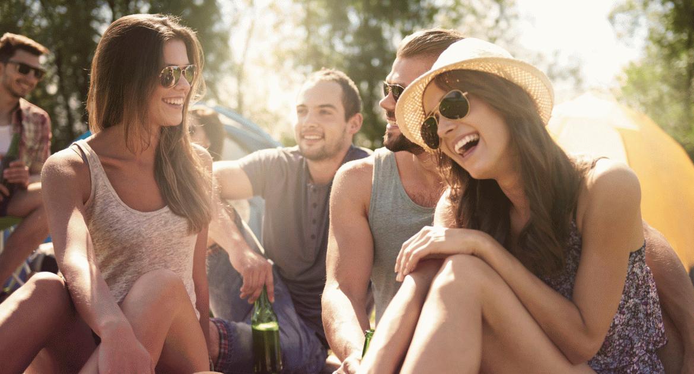 Így nyaralj a barátokkal! – Sziráki útikalauz cimboráknak