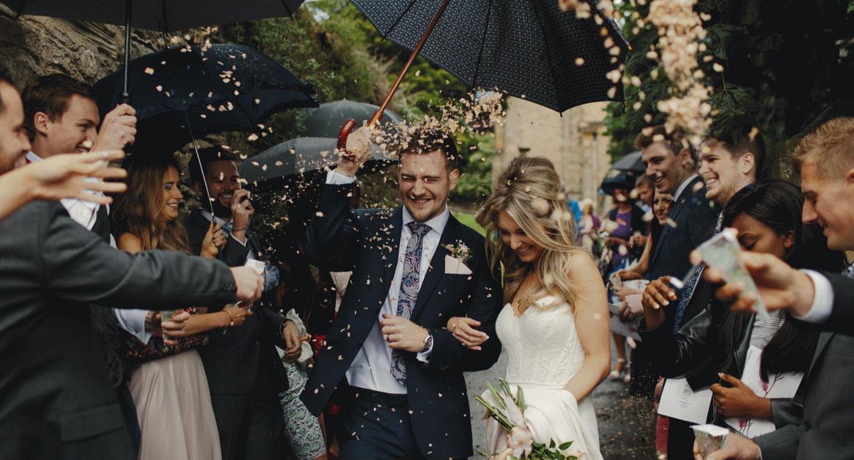 Takarékos DIY tippek, hogy fillérekből legyen látványos az esküvő