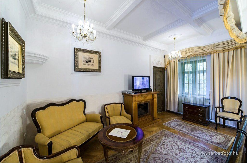 Mikszáth Kálmán szoba