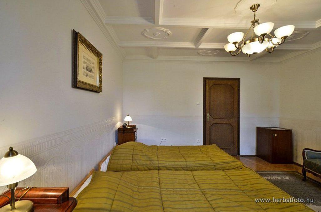 Mohorai-Vidfi János szoba