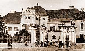 A kastély épülete, XX. sz. első fele