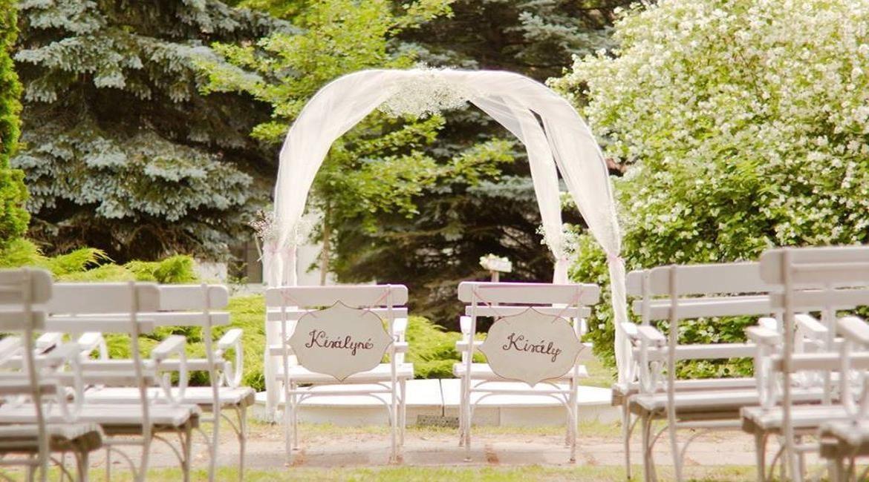 Milyen egy hangulatos kastély esküvő?